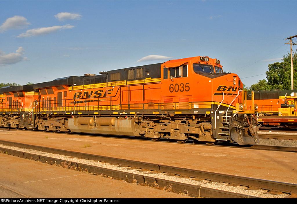 BNSF 6035 Leads H-KCKDEN1-13