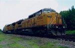 UP 9500 on CSX Q237
