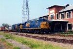 CSX 5240 on CSX Q492