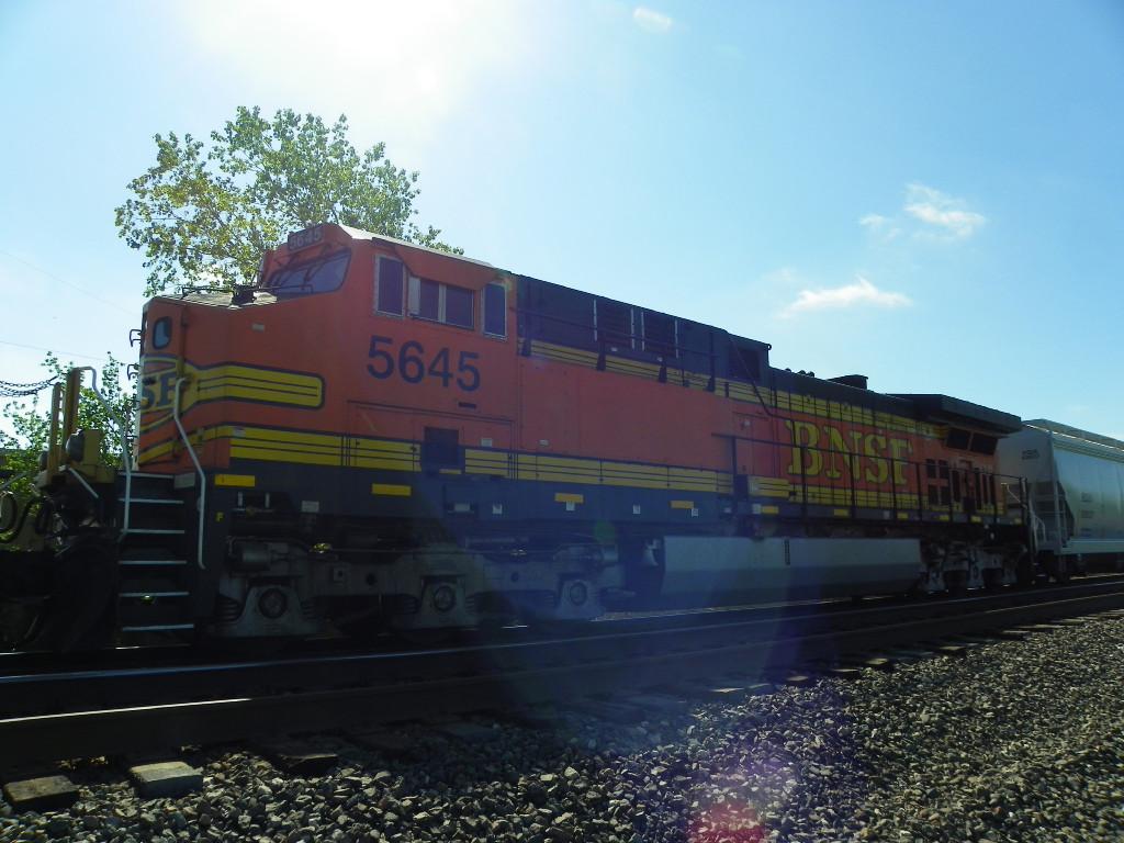 BNSF AC4400CW 5645