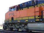 BNSF ES44C4 6734