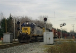 CSX 8400 Splits the searchlights
