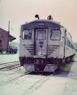 Baltimore & Ohio RDC-1 9910 - Still with Speedliner stripes in 1980