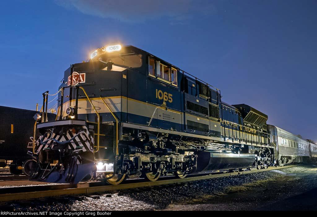 NS 1065 Savannah and Atlanta at Night