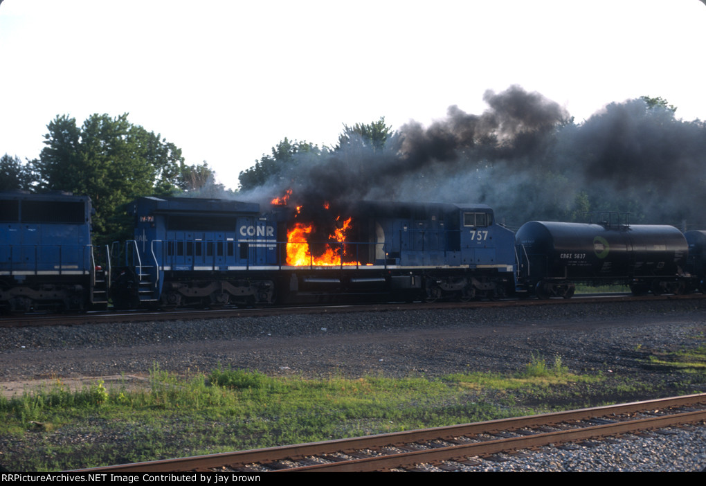 Conrail #757 on fire