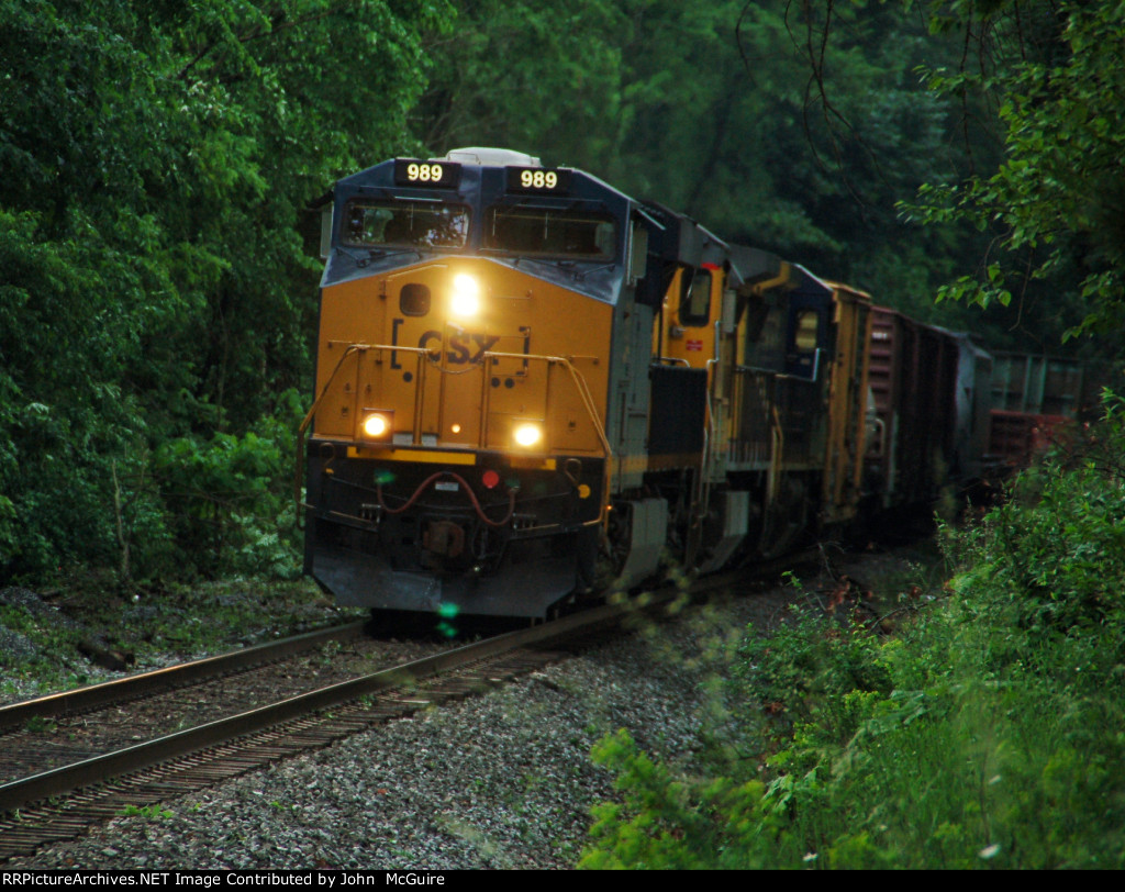 "CSX ""Boxcar"" Geveo Leads a Mixed Freight at CP22"