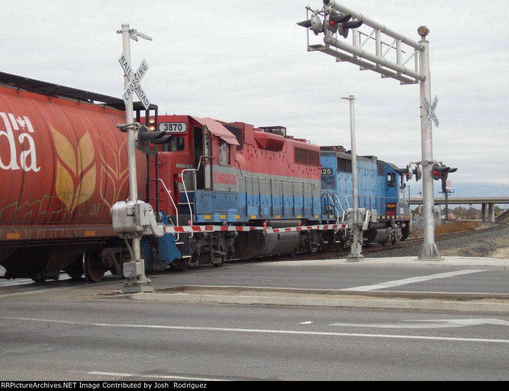 LS905x Switch out cars for the Bowerbank local