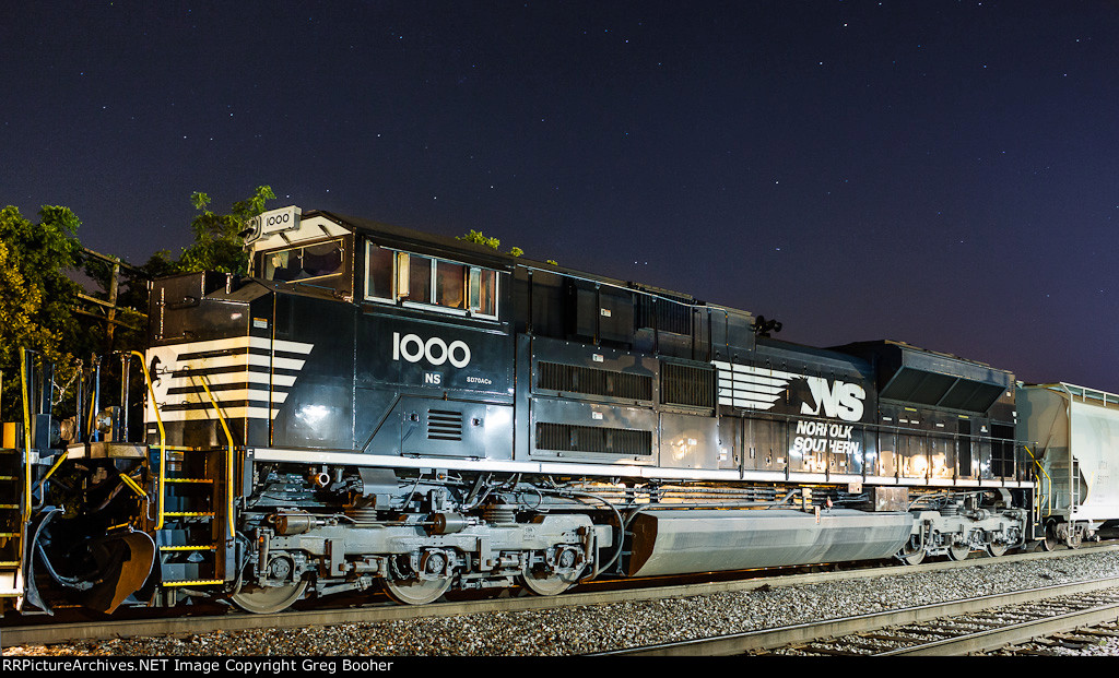 NS 1000
