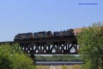 CSX Local crosses the L&I Bridge (Pennsylvania RR Bridge)