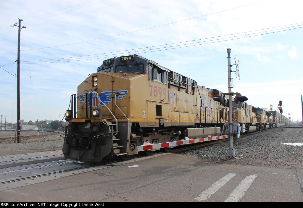 UP Z-Train in Stockton
