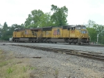 UP 3837 (SD70M)  5550 (AC45CCTE)