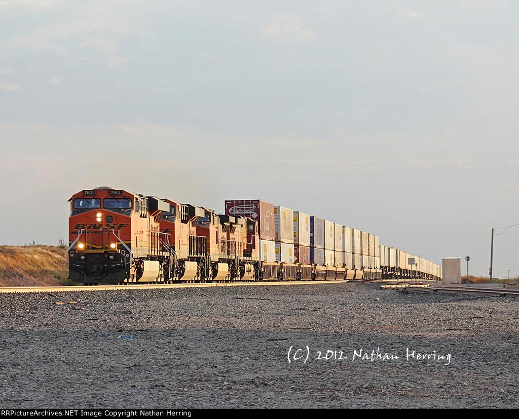 BNSF 7601 West