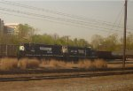 NS GP38-2s 5246 & 5670