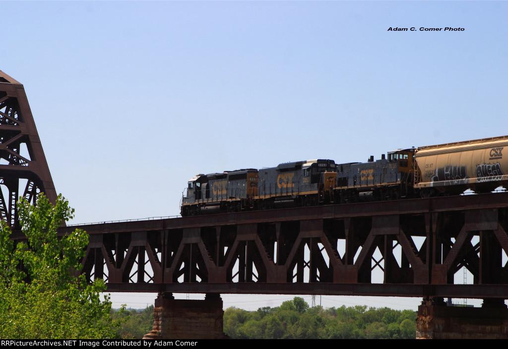 CSX Z550 on the L&I Bridge
