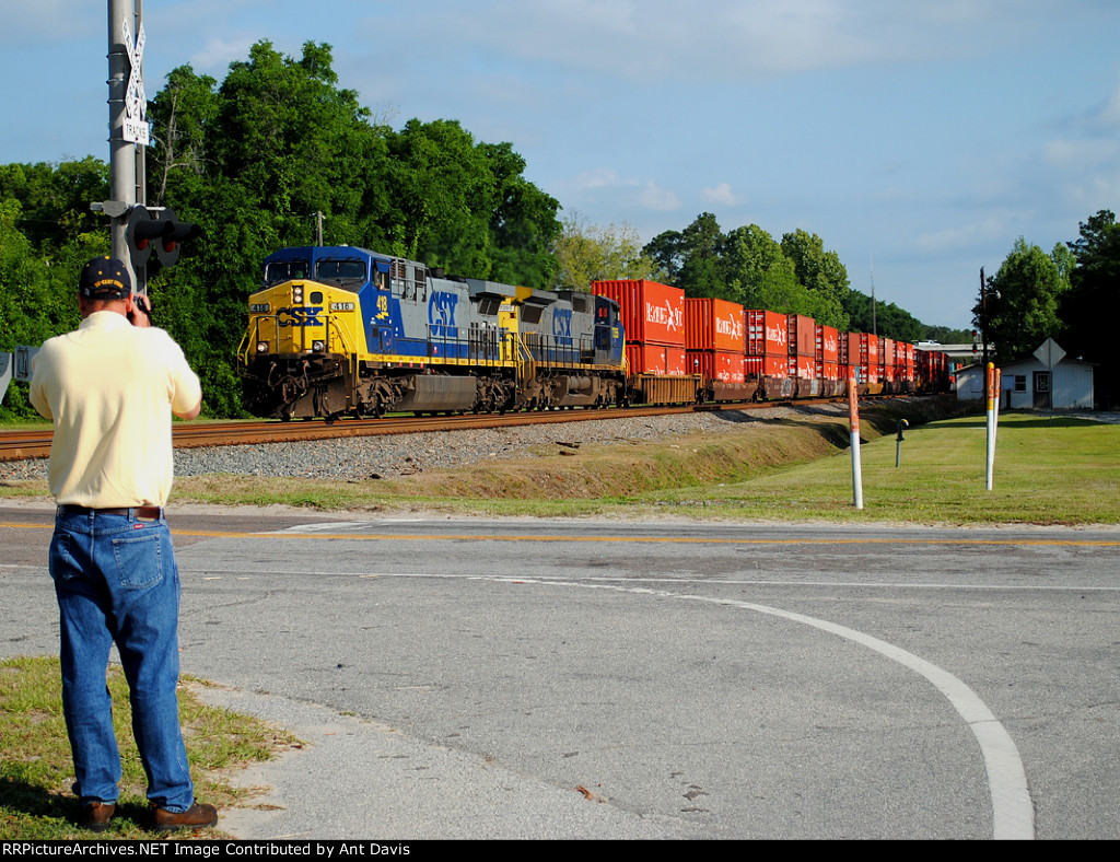 Railfan in Action Part 1.