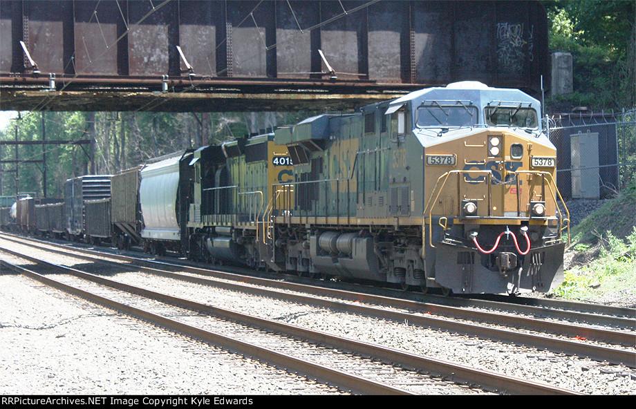 CSX ES40DC #5378 on Q439-16