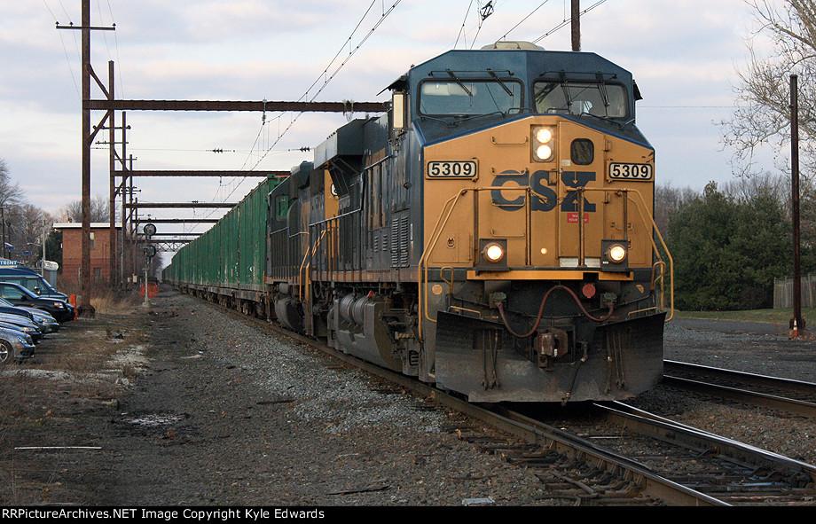 CSX ES40DC #5309 on Q703-05