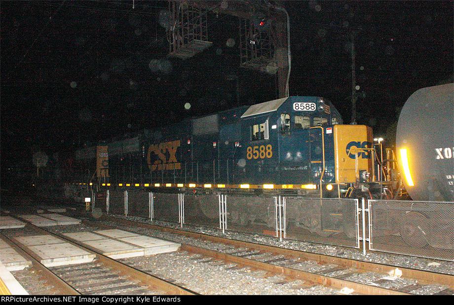 CSX SD50-2 #8588 on Q418-12