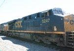 CSX ES40DC #5247 on Q032-11