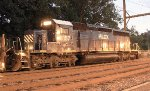 HLCX SD40-2 #8157 on Q418-29