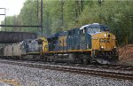 CSX ES40DC #5486 on Q439-22