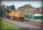UP SD70M 4020 leads 67E on the R Line