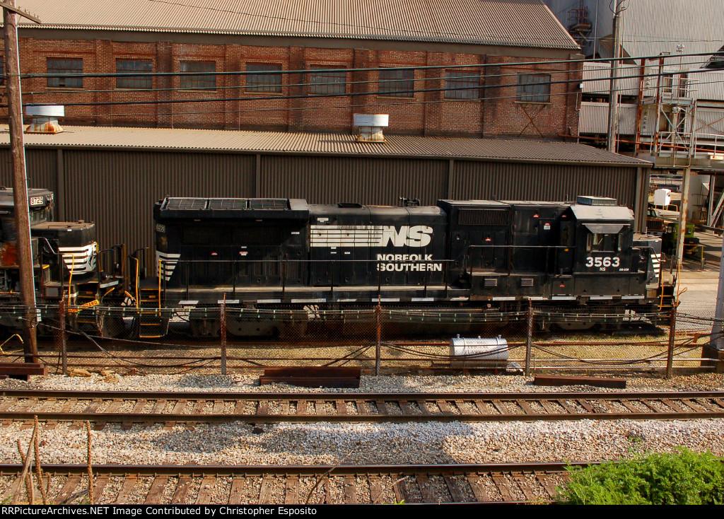 NS B32-8 3563