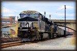 NS ES44AC 8075 at JK