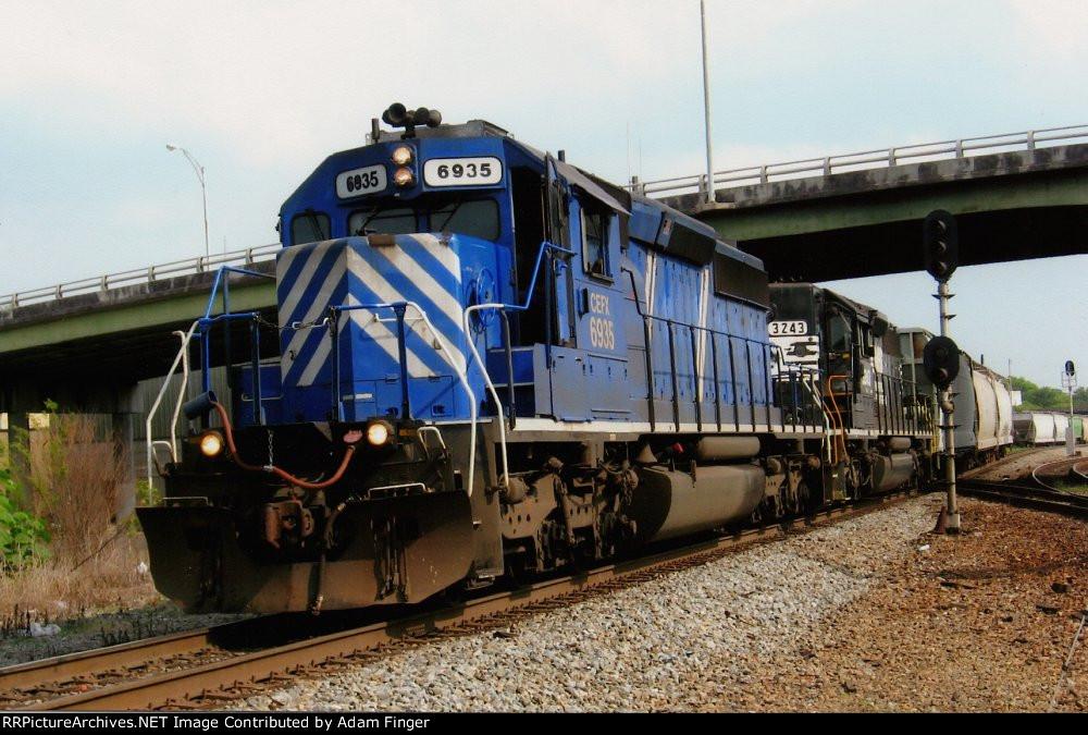 CEFX 6935