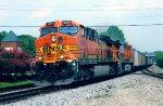 BNSF 5699 on NS 739
