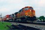 BNSF 4301 on NS I6E