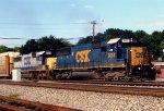 CSX 8654 on CSX Q255
