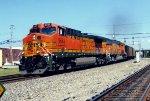 BNSF 5663 on NS 738