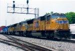 UP 4955 on NS I2G