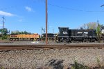 NS SW1001 #2105 and BNSF AC4400CW #5626
