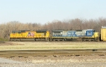 UP 4893 and CSX 7571