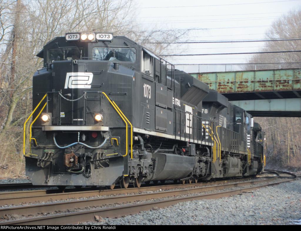 Penn Central 1073