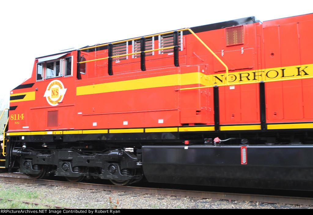 NS 8114