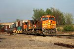 BNSF 4035 leads the last sunlight train on a great day,