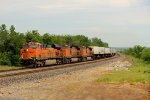BNSF 7812 leads this hotshot z train wb,