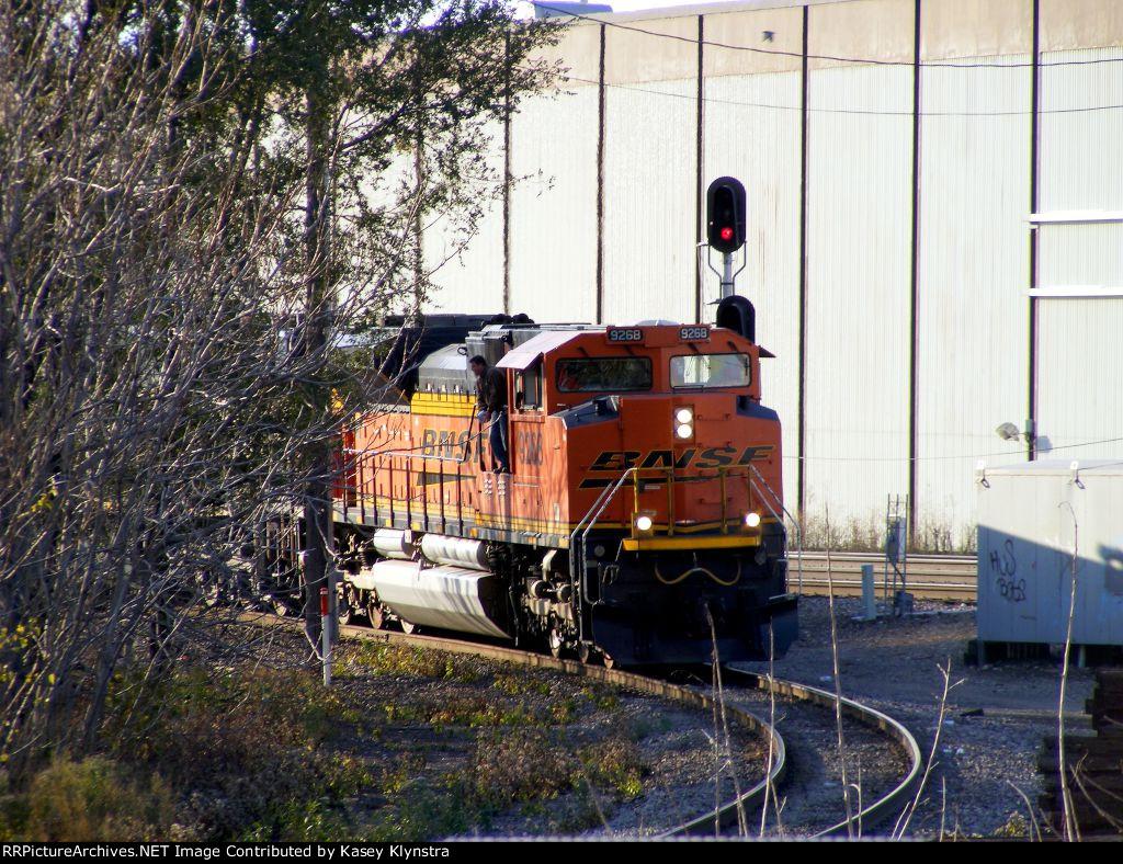 BNSF 9268