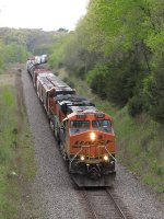 BNSF 7605 & 5314 pick up speed eastward after coming out of the siding with the H-NTWBRC