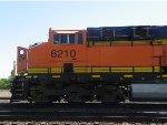 BNSF ES44AC 6210