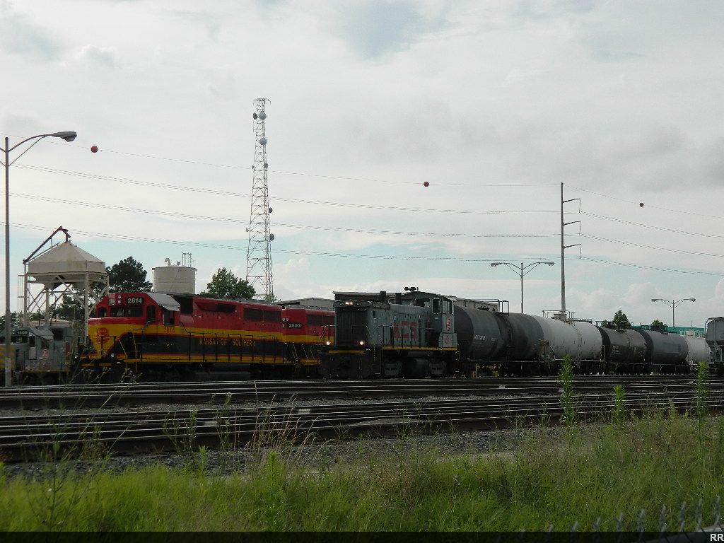KCS 4355(SW1500) 2814(GP40-3)