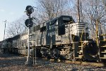 NS SD60 #6692 on 17G