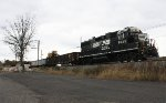 NS GP38-2 #5643 on 91M