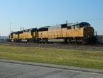 UP 2358(SD60M) UP 2017(GP38-2) UP 2029(GP38-2)