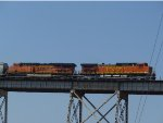 BNSF 4534 on the Huey P Long Bridge