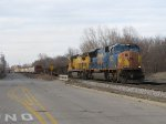 CSX 4823 & CREX 9040 start the eastward pull with Q334-11