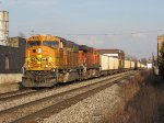 BNSF 9919 & 5909 drop downhill into town with E945-14